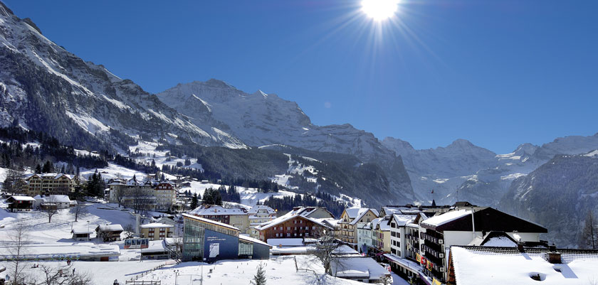 Switzerland_Jungfrau-Ski-Region_Wengen_Town-mountain-view.jpg